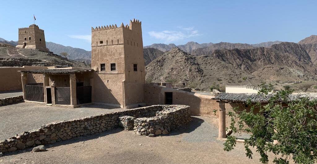 Castillo de Al Hayl vivir en dubai