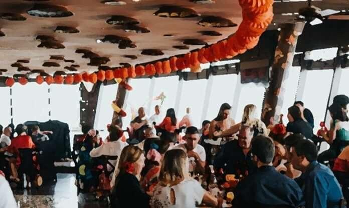 ofertas descuentos restaurantes españoles casa de tapas dubai vivir 2