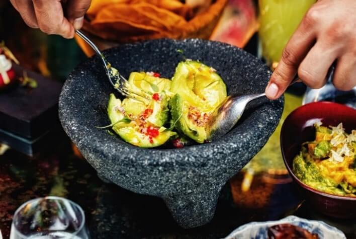 restaurante coya dubai guacamole vivir