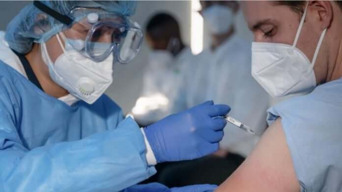 vacunacion emiratos arabes españa