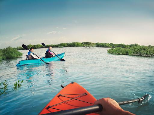 kayaking abu dhabi emiratos deporte
