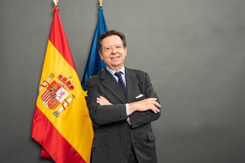 España estrena embajador en EAU con Iñigo de Palacio. Despedida agridulce de Antonio Álvarez